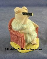 Besick Beatrix Potter Little Pig Robinson Spying quality figurine