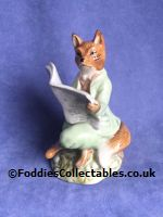 Royal Albert Beatrix Potter Foxy Reads The News quality figurine