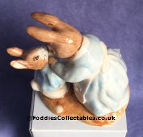 Royal Albert Beatrix Potter Mrs Rabbit And Peter quality figurine