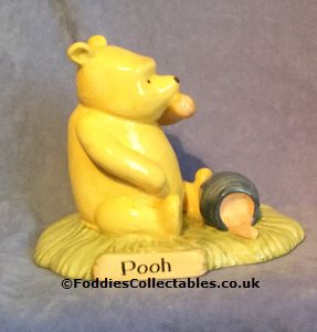 Royal Doulton Winnie The Pooh Pooh Began To Eat quality figurine